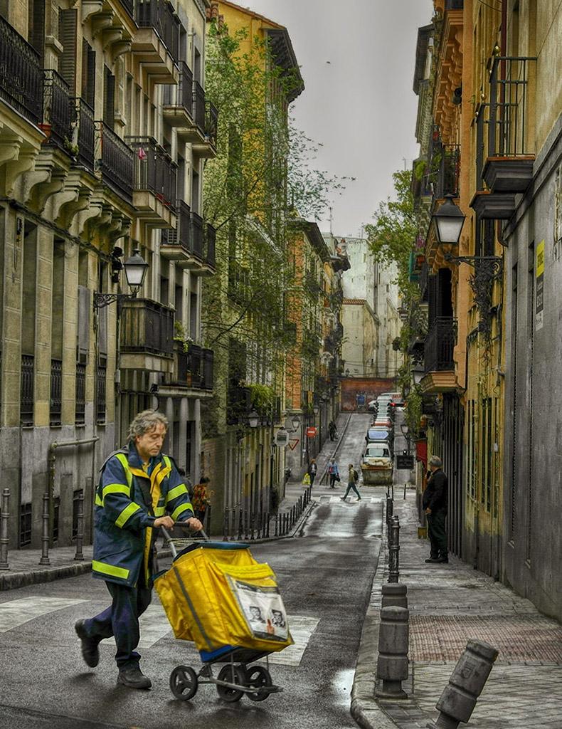 На една малка уличка в Мадрид