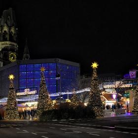 Berliner Weihnachtsmarkt an der Gedachtniskirche