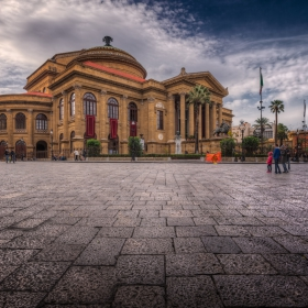 Piazza Verdi и Teatro Massimo Vittorio Emanuele