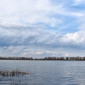 Облаци над Дунав