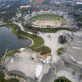 Олимпийски център Мюнхен - поглед от телевизионната кула