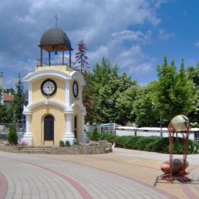 Бяла, Часовниковата кула