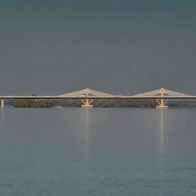 Привечерно мостово
