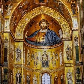 Фрагмент от катедралата в Монреале