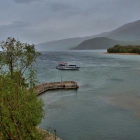 Охридското езеро-дъждовно.