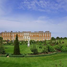 Двореца на Хенри VIII Hampton Court Palace