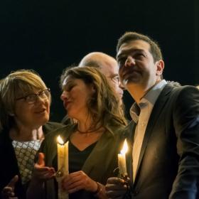 Алексис Ципрас гледа зарята по случай Великден
