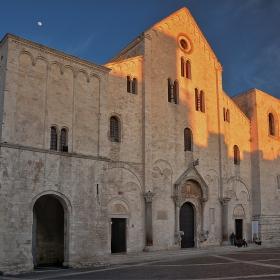 Basilica di San Nicola, 1087 г.