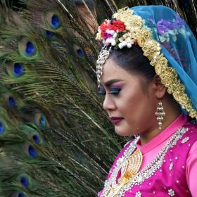 Танцьорка от Сингапур