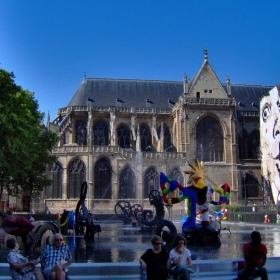 Париж, Храмът