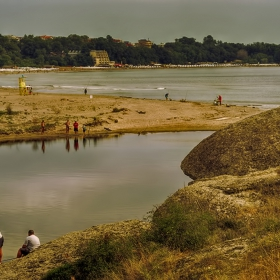 На риболов и плаж край Китенска река