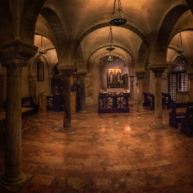 Basilica San Nicola - The Crypt