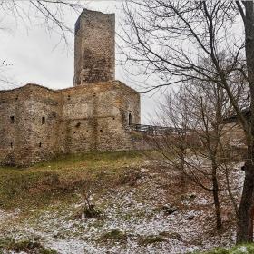 Крепостта Орлик, 14 век