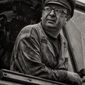 Алберт, машинистът на парния локомотив