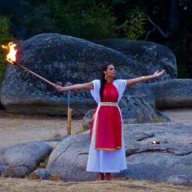 Древен тракийски ритуал - Бегликташ