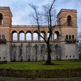 Недовършения замък Belvedere auf dem Pfingstberg, 1863 г.