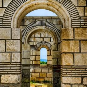 Арките на Голямата базилика