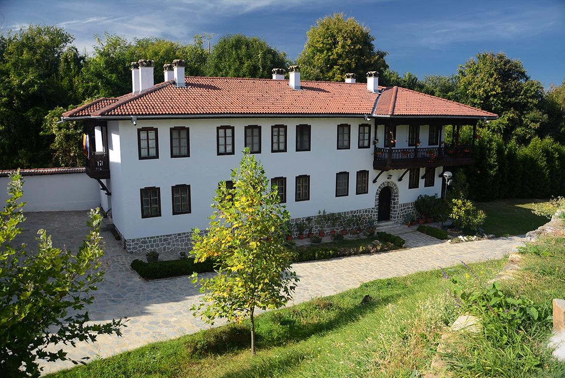 В Клисурския манастир