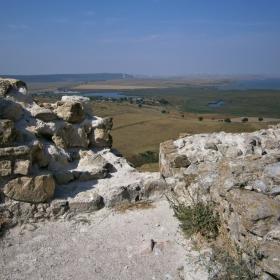 Поглед от крепостта Енисала