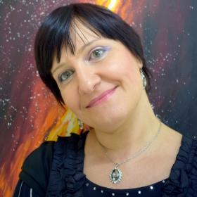 Десислава Георгиева - Модератор на Литературен клуб  Люлин
