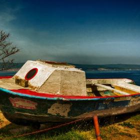 Лодката на Алекс
