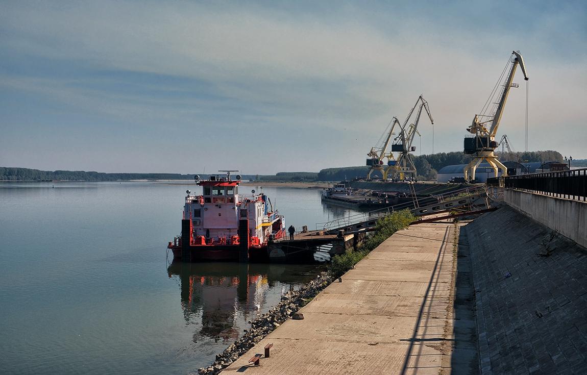 Пристанище Лом