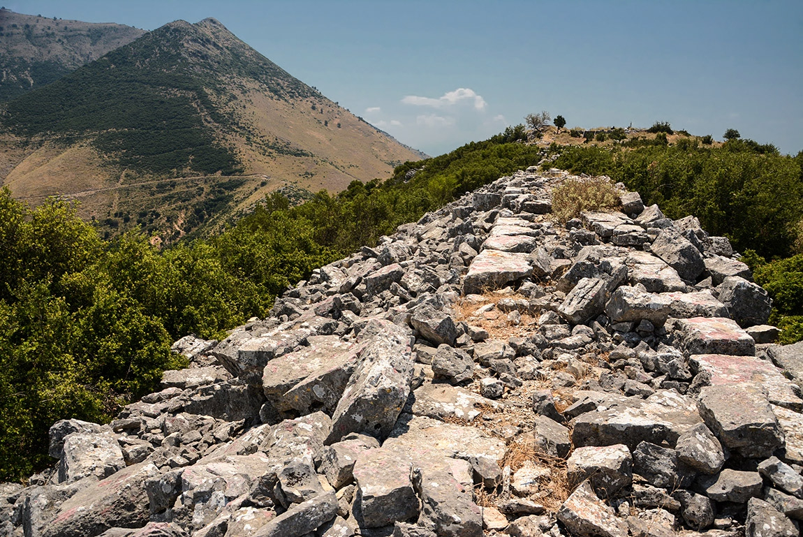 Крепостните зидове на Orraon