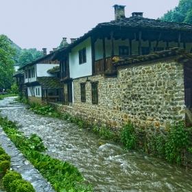 Етъра по време на дъжд 2
