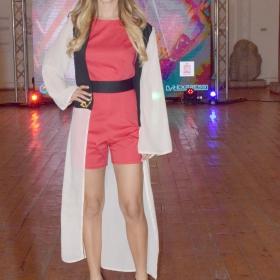 Росмари Янева - актриса и модел