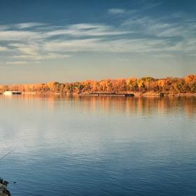 Рибарят и голямата река