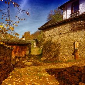 Есен в Лещен