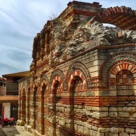 Несебърски храм