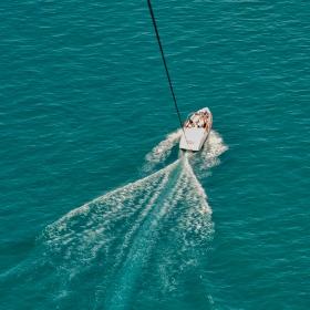 Въздушно - морско .....
