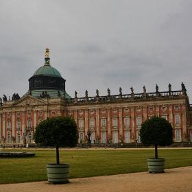 Neues Palais, 1769 г. - последния голям пруски бароков дворец