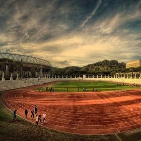 Стадионът на статуите *Мусолини - 1932* Stadio Olimpico