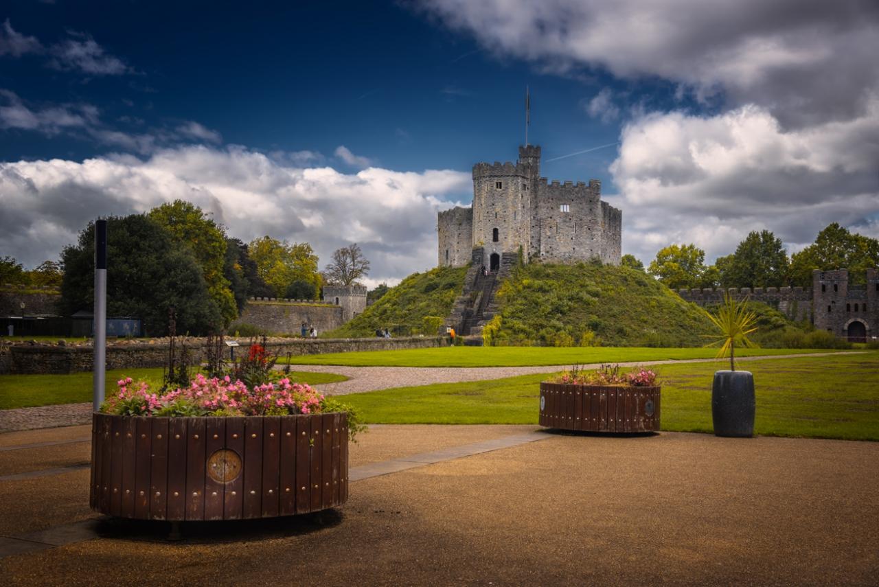 Cardiff Castle - още един поглед - две кликвания моля