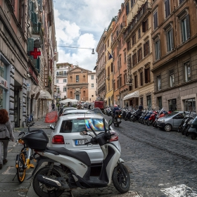 Улица в Рим 2