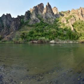 Скалите край Маджарово