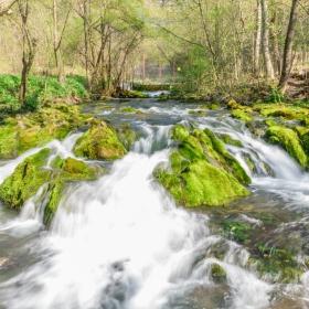 Котленска река или Котелшница до извора