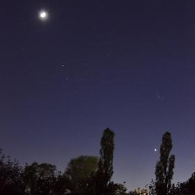 Луната на 3 дни,Алдебаран с Хияди и Плеяди и Венера