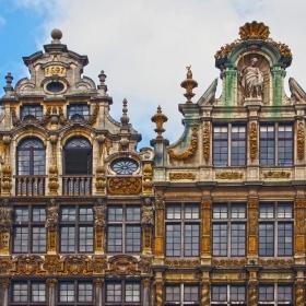 Части от фасадите на къщите Le Sac и La Brouette - Market Place Brussels