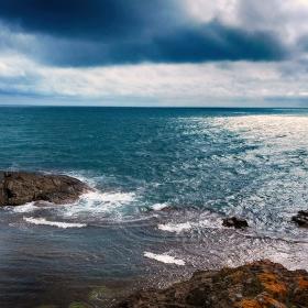 Морска рапсодия в синьо