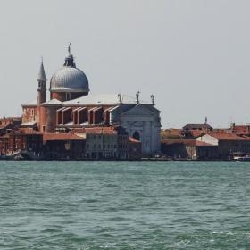 Към Венеция 2