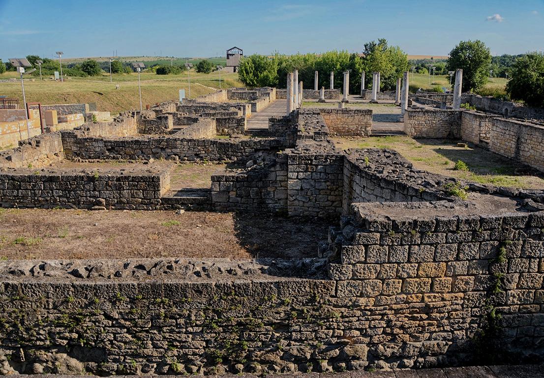 Abritus, руините на сградата с перистилния двор, VI век