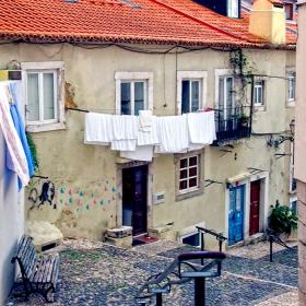 Лисабон - из Алфама