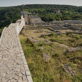 Източната крепостна стена на Стария град