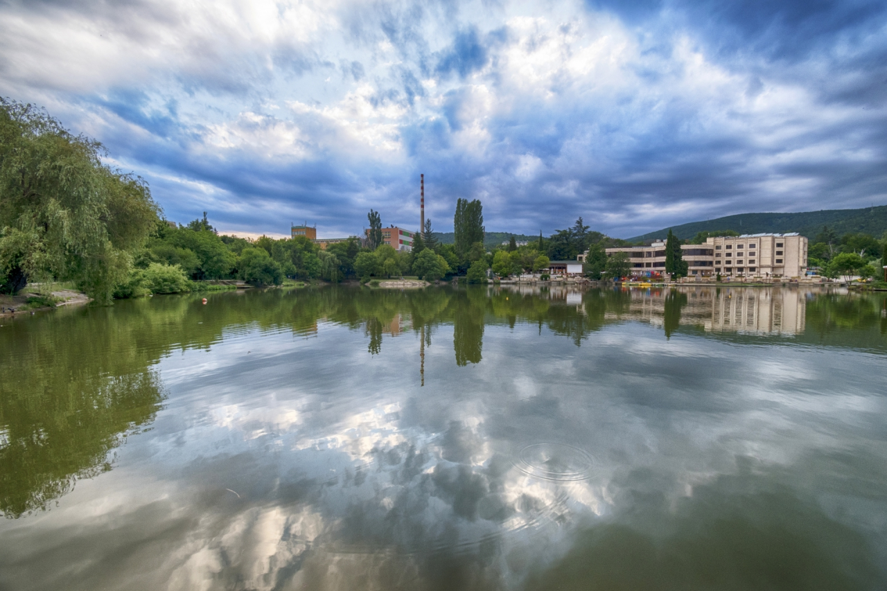 Езерото Загорка