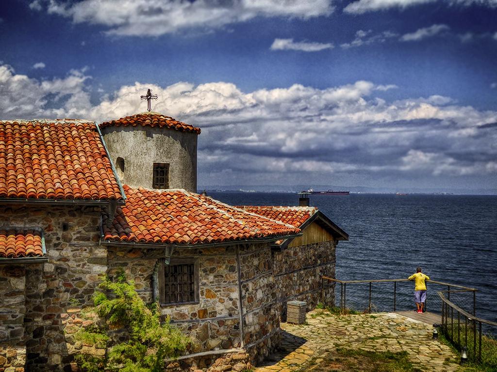 Край църквата на остров Света Анастасия