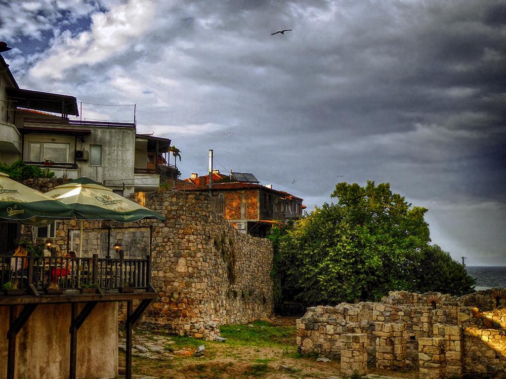 Руини в стария Созопол
