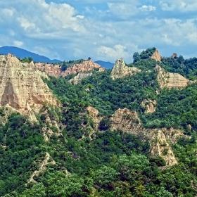 Скални образувания край Мелник